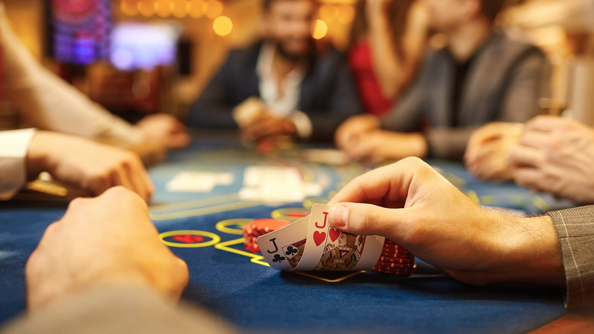 さまざまな種類のポーカートーナメントフォーマット