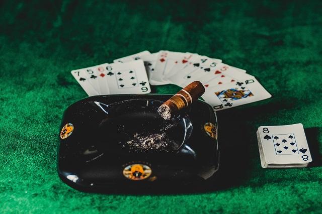 ポーカートーナメントの資格を得る方法